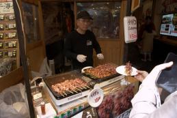 Puesto callejero en Tsukiji