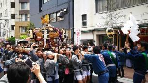 Festival Kanda en Higashi Nihon Bashi.